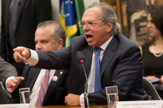 bate-boca paulo guedes