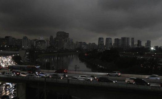 São-Paulo-escuro-960x588